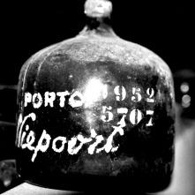 Niepoort 1952 Garraferra.jpg